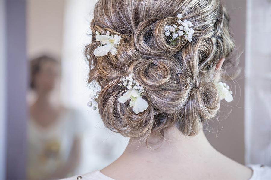 Braut- und Hochsteckfrisuren bei Karolins Frisierstudio